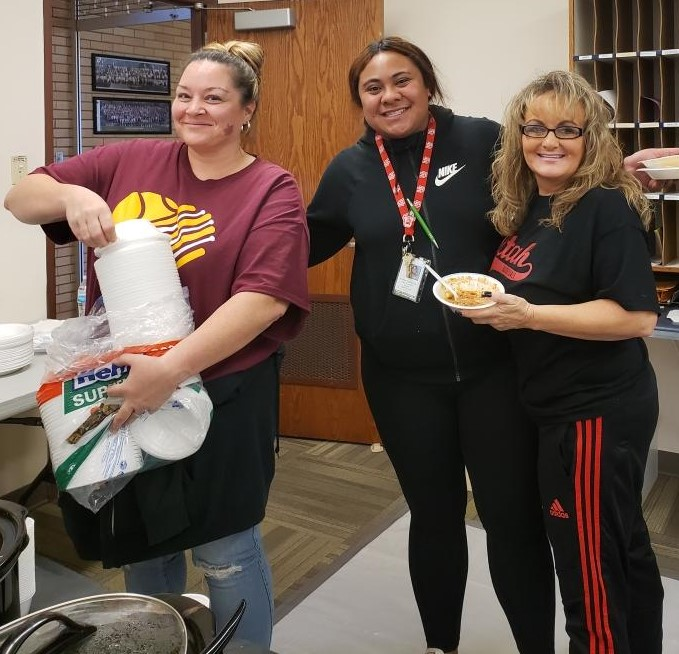 String the pot with a 2019 Kearns faculty cook off